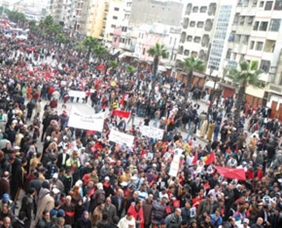 Rabat, 30/11/10-LE GRAND SUCCES DE LA MARCHE DE CASABLANCA temoigne de LA FORTE SYMBIOSE ENTRE LE TRONE ET LE PEUPLE  SOULIGNE LE PARLEMENT dans Liens marchecasa