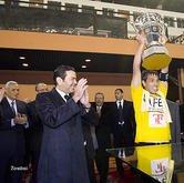 SAR le Prince Moulay Rachid préside à Rabat la finale de la Coupe du Trône 2010-2011 dans Liens sar-mly-rachide-coupe_du_trone-m11