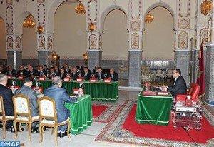 SM le Roi préside un Conseil des ministres dans Liens sm_le_roi_preside_un_conseil_des_ministres-m_2-300x206